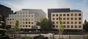 Banque du Luxembourg facade pierre rocherons 2