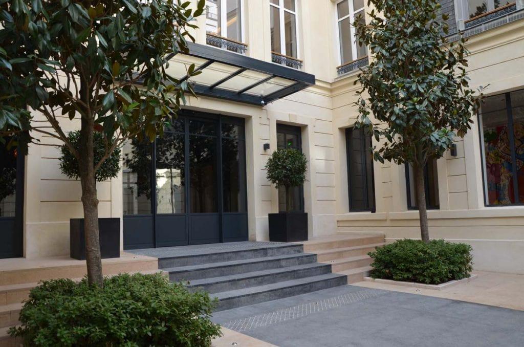 hotel particulier paris 8eme 54 rue monceau pierre de rocherons dore clair buxy bleu rocamat 01