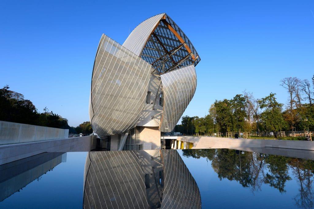 Fondation Vuitton rocherons doré 4