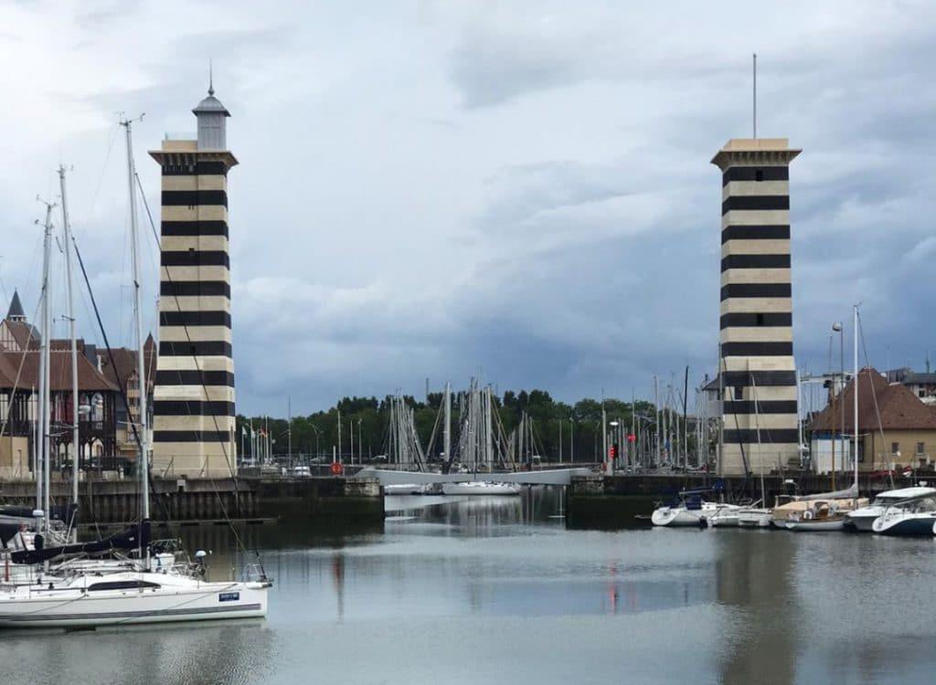 01 ROCAMAT Belvederes Port de Deauville pierres Sebastopol St Maximin FC cROCAMAT