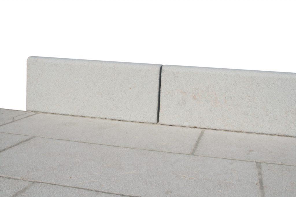 Bordure vignoble pierre de rocherons c ROCAMAT 01 original