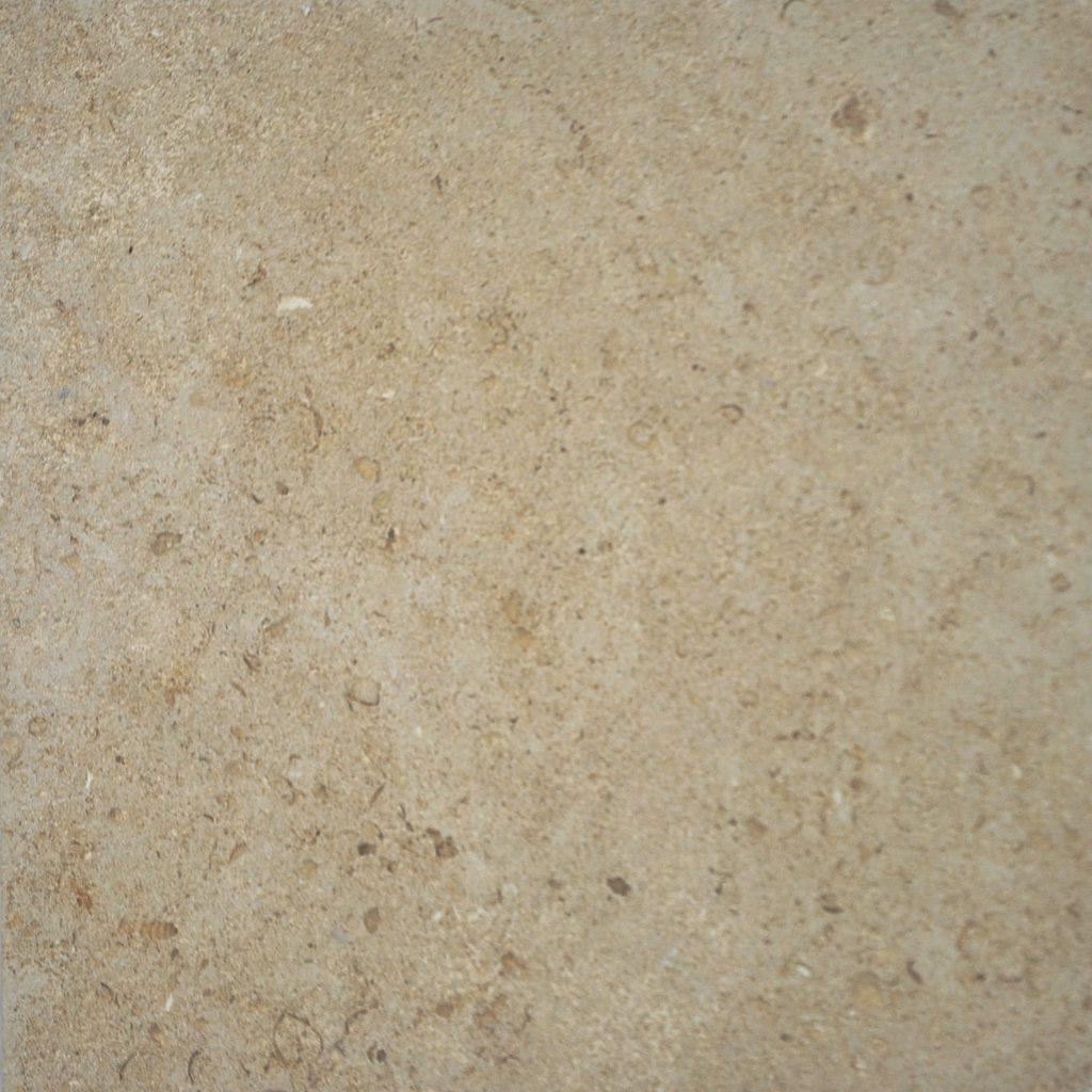 pierre saint maximin ferme construction ROCAMAT