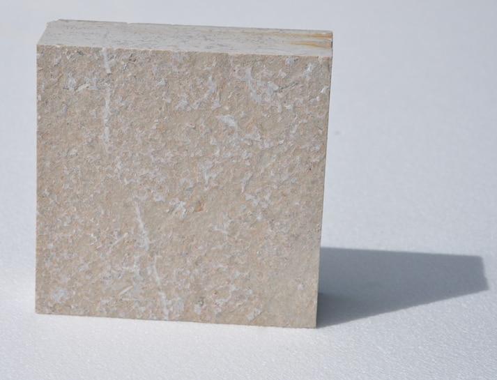 DG03F04013D Allees Paves Vignoble pierre de rocherons rocamat