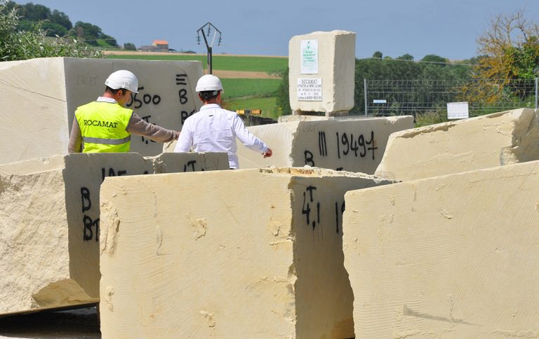vignette blocs pierre de tuffeau cROCAMAT 1132x713 1